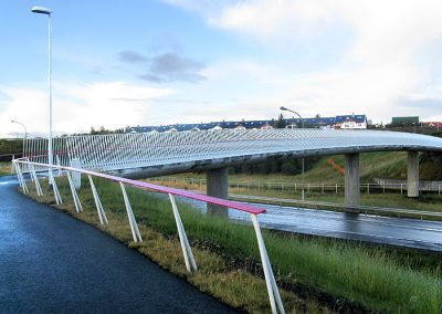 Pedestrian Bridge in Norðlingaholt